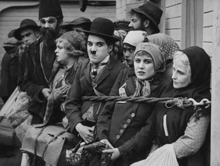 Immigrant-1917-Chaplin-25